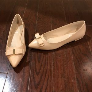 NEW Cole Haan size 9 nude tan leather flat shoes